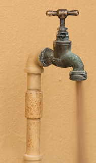 Langkah Mudah Untuk Mengatasi Saluran Air Tersumbat Penuh