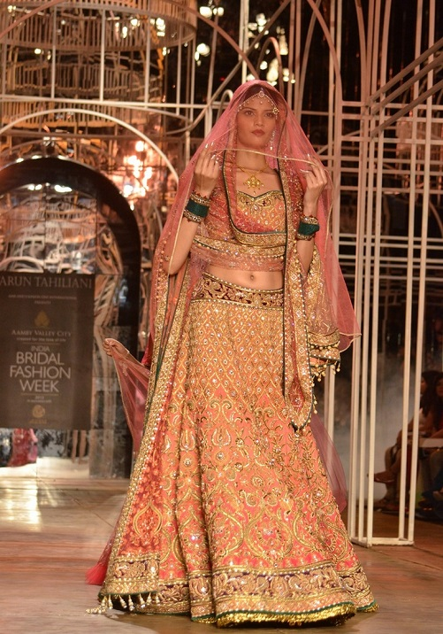 Attractive Designer Gowns For Indian Wedding Ornament - Best Evening ...
