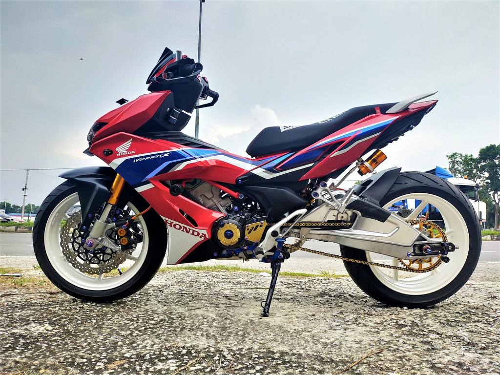 Honda Winner X phong cách phân khối lớn của xưởng độ Malaysia