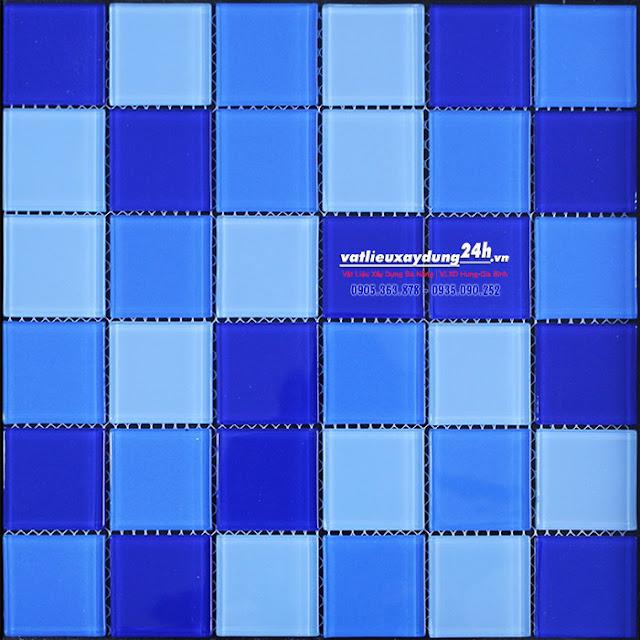 Gạch mosaic thủy tinh 48x48 mm