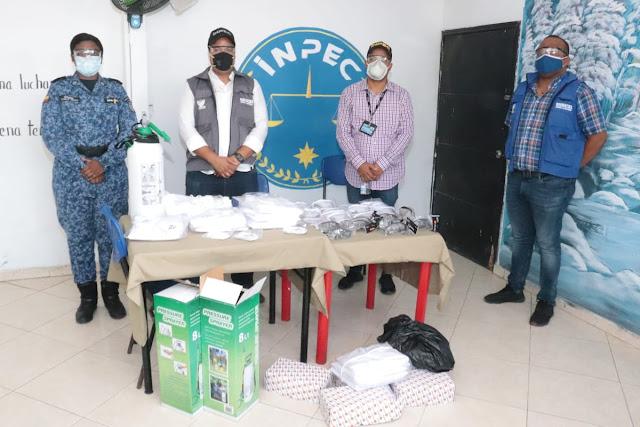 José Bermudez entregó equipos de bioseguridad a la cárcel de Riohacha