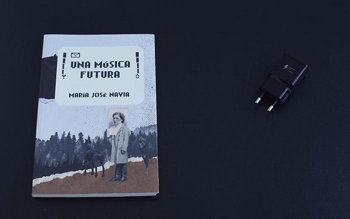 Reseña de «Una música futura», de María José Navia (Barrett)