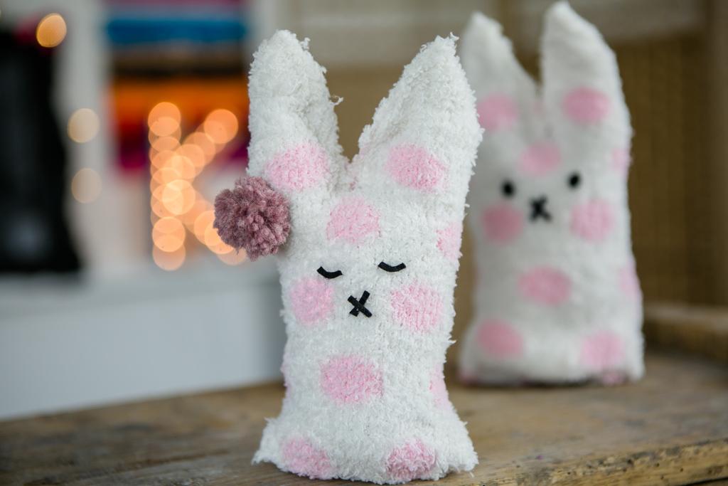 zokni nyúl kreatív húsvéti ötlet