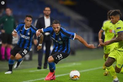 ملخص واهداف مباراة انتر ميلان وخيتافي (2-0) الدوري الاوروبي