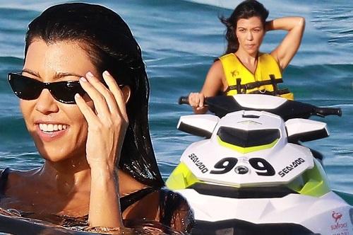 Despite Rob's Spat With Chyna, Kourtney Kardashian Frolics On Holiday With Toyboy Lover