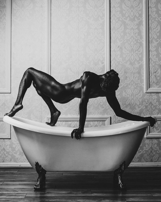 SinkingG, by Mike Esperanza ft Jermaine Spivey (NSFW)