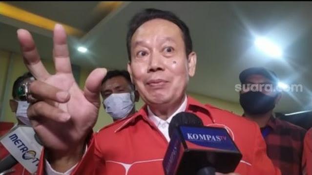 Ambroncius Nababan, Pentolan Pendukung Jokowi yang Kini Terancam Bui