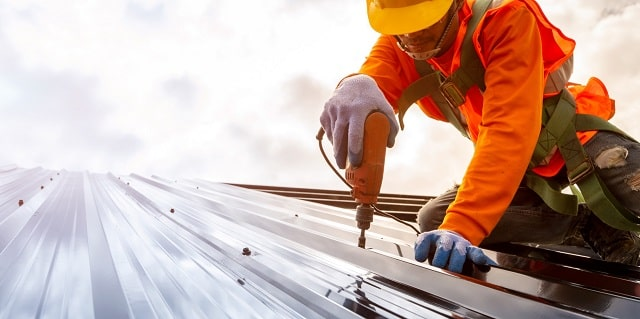 qualities commercial roofer business building roofing