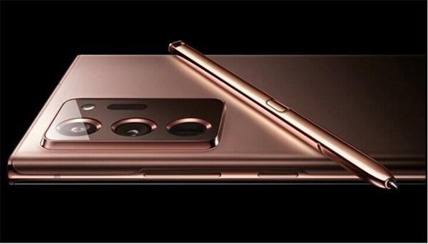 سامسونج الروسي تنشر صور الهاتف Note 20 Ultra القادم عن طريق الخطأ