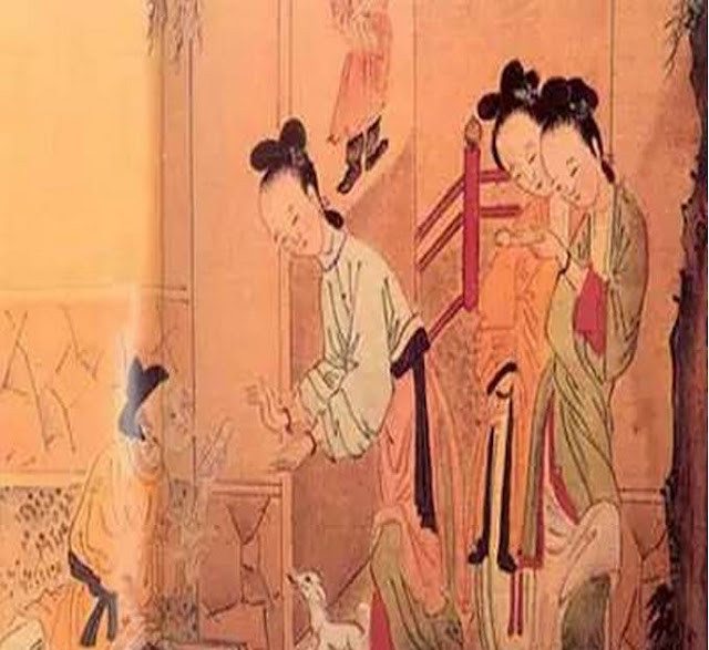 Trong tục hiến trinh tiết của người con gái Ấn, tăng lữ và thầy cúng là những người đứng ra.