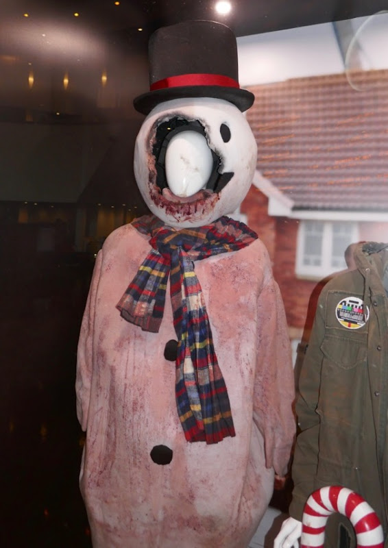 Anna and the Apocalypse zombie snowman costume
