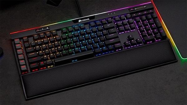 Corsair K95 Platinum Keyboard