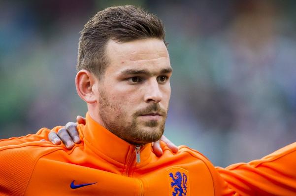 Unprofessional Rooney, Spurs target Aleñá and Janssen joins Soldado