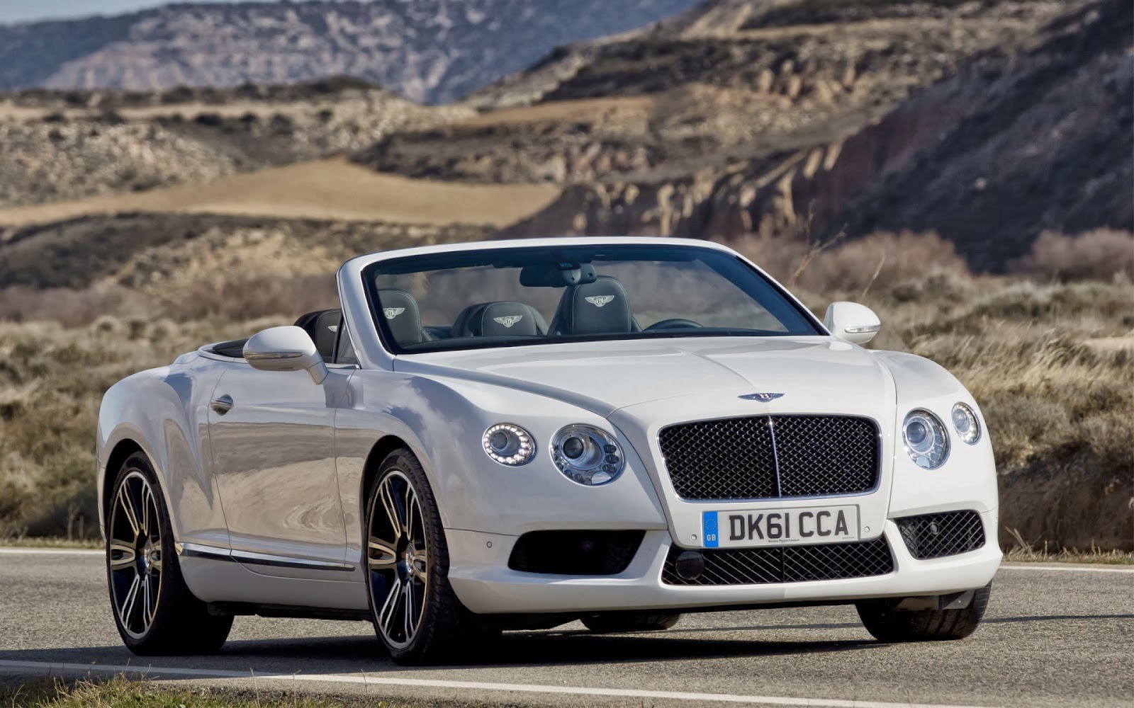 Know About Bentley Cars And Download Hd Wallpapers Everything 4u