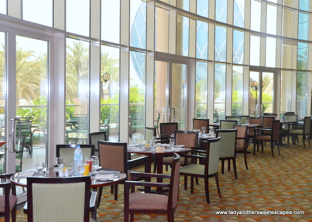 Al Raha Beach Hotel Sevilla restaurant