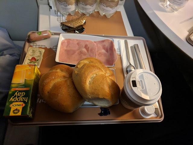 Завтрак в поезде Вена-Цюрих