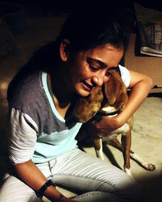 Akshara  Haasan love Dogs