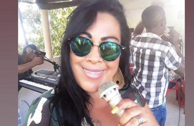 Cantora Cristina Costa morre
