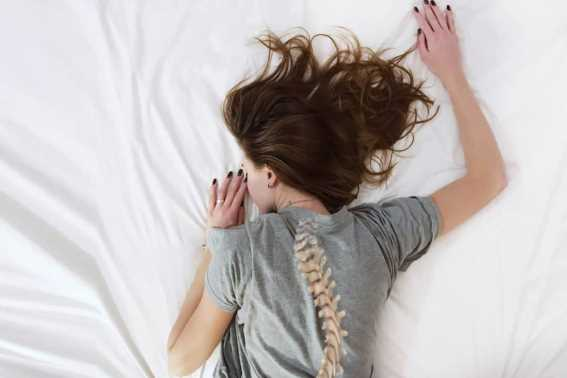 Tips Ini Wajib Diterapkan Penderita Skoliosis Ketika Tidur