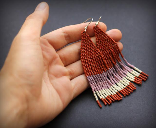 Коричневые серьги из бисера купить в интернет магазине авторских изделий из бисера в этно стиле