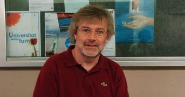 Ramón Sistac es un dialectólogo y parle chapurriau