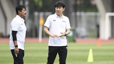 Pelatih Timnas Indra Sjafri Menceritakan Perselisihan Dengan Shin Tae Yong