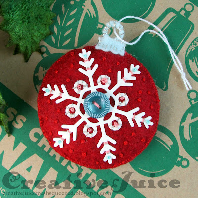 Lisa Hoel for Eileen Hull - Sizzix Chapter 3 dies have been released! Christmas in July Ornament Box Die stitched felt tree ornament  #eileenhull #eileenhulldesigns #eileenhullsizzix #ehinspirationteam #eheducators #Sizzix #mymakingstory #diecutting
