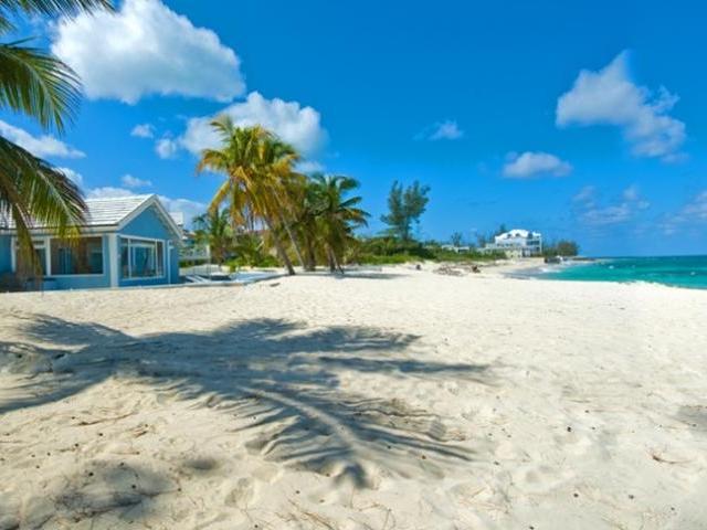Love Beach une des plus belles plages des Bahamas