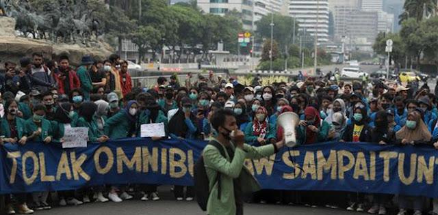 Demo Terus Berlanjut, Haris Rusly: Gerakan Mahasiswa Mengkristal, Konsolidasi Dipusatkan Di Kampus-kampus