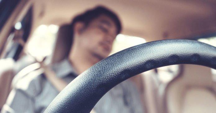 Betul ke tidur dalam kereta ketika enjin hidup dengan tingkap tertutup boleh membawa maut? Nak tau, meh baca perkongsian menarik ni.