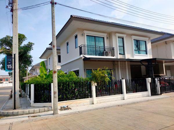 ขาย บ้านเดี๋ยว 2 ชั้น JSP คลอง1 อายุ 1 ปี T.0864540423