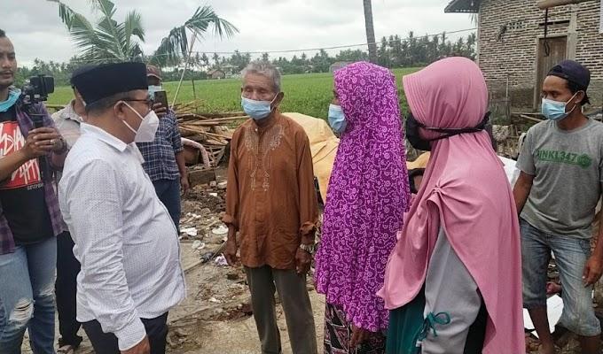 Rumah Rusak Akibat Angin Puting Beliung bakal di Bangun lagi oleh Ketua DPRD Kabupaten Tangerang