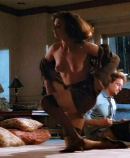 Jeanne tripplehorn topless
