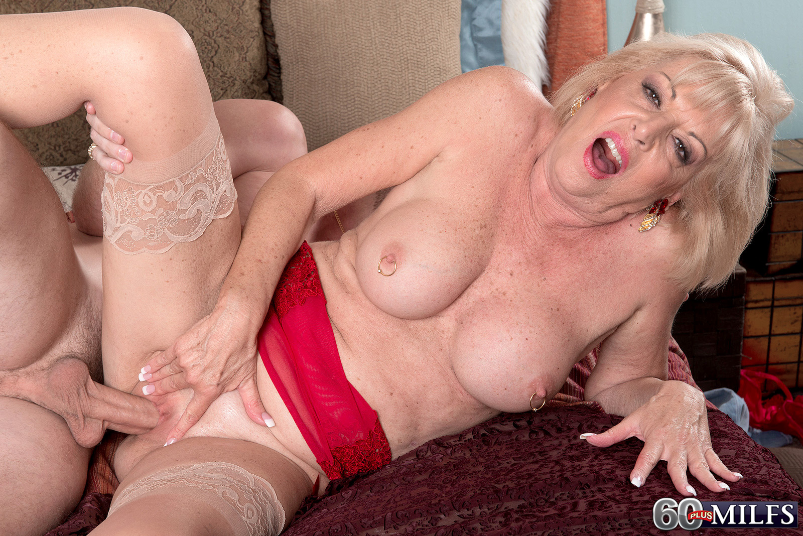 image Young scarlet with pierced squirting tits