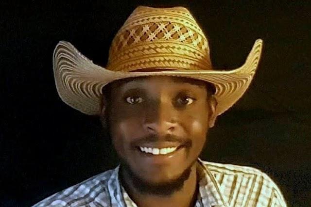 Megkéselték az afroamerikai újságírót, mert konzervatív és Trump-szimpatizáns