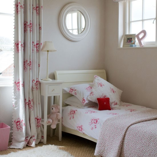Girls Bedroom Pics: Modern Country Style: Girls' Bedroom: Painted Furniture