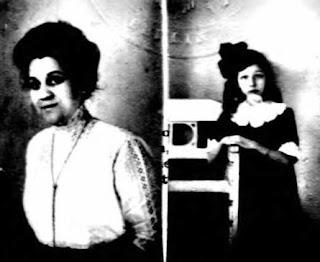 Edna D. Wiener & Madeleine Wiener - 1916 passport apps.