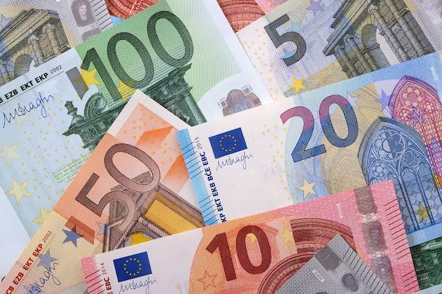 Mengelola Keuangan di Tengah Resiko Resesi