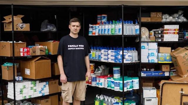 Fratelli negli Stati Uniti sono costretti a donare 17.000 bottiglie di disinfettanti; volevano abusare dei prezzi