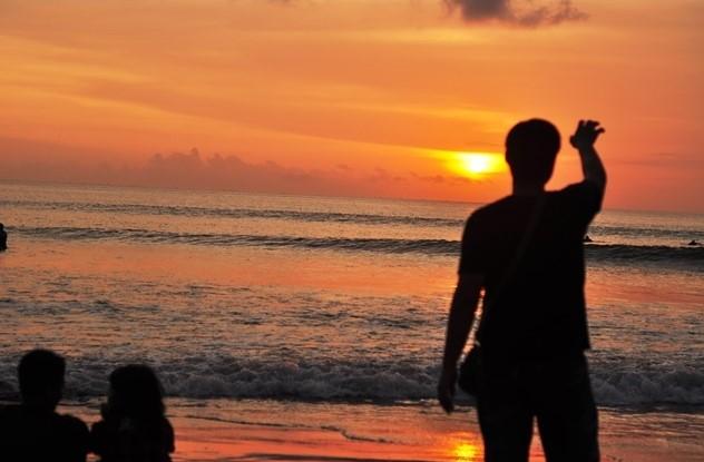 nice_sunset_kuta_bali