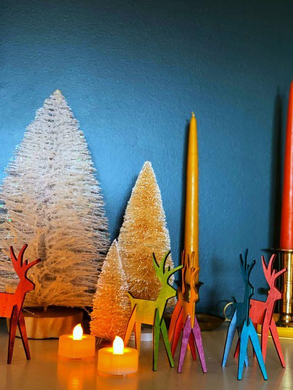 Christmas details on mantel