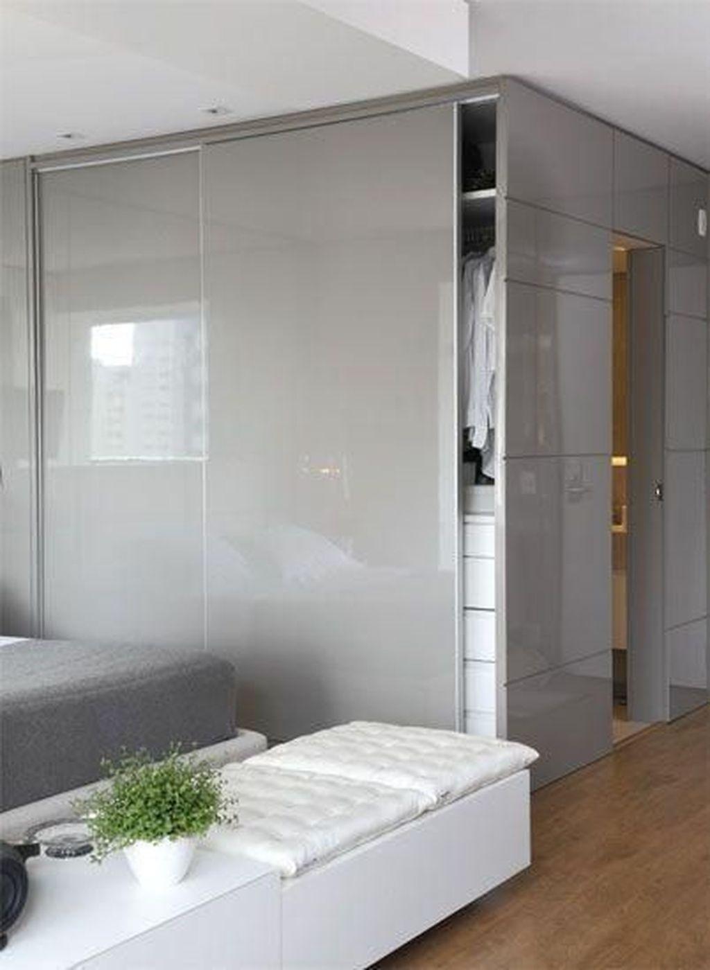Phòng ngủ có tủ âm tường 6