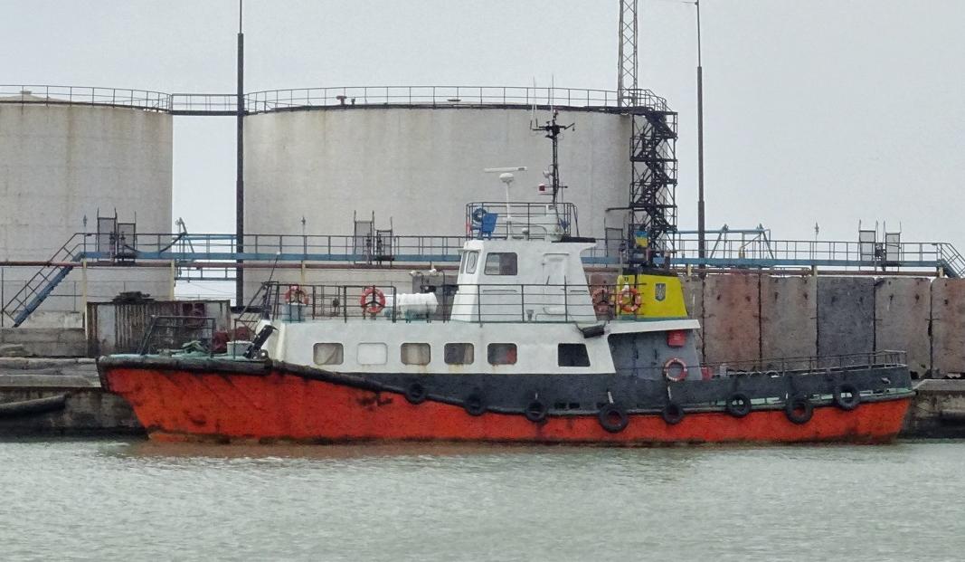 До складу ВМСУ зараховано теплохід і річковий катер