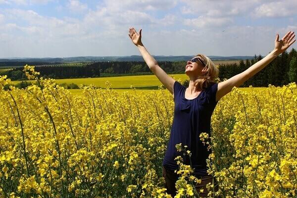Manfaat Bersyukur: Hidup Lebih Bahagia dan Sehat Mental