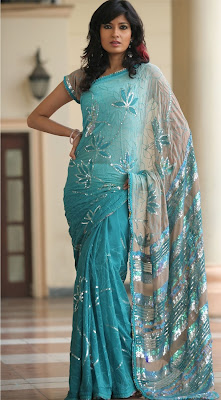 db887f4ba1 These sarees maintain the culture and traditions of Pakistani nation all  ever the globe. Here you'll be able to notice some latest Pakistani frock  styles ...
