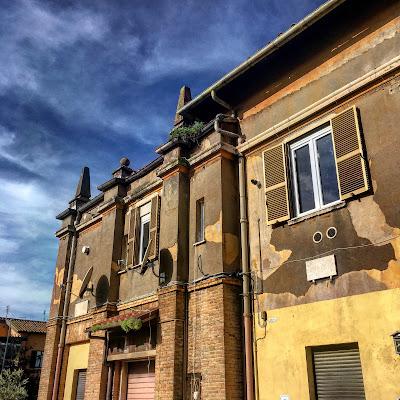 Piazza Rosarno angolo Oppido Mamertina