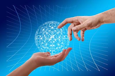 من هو مالك الانترنت الحقيقي؟