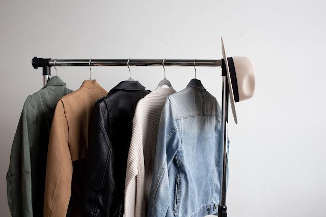 minimalist wardobe