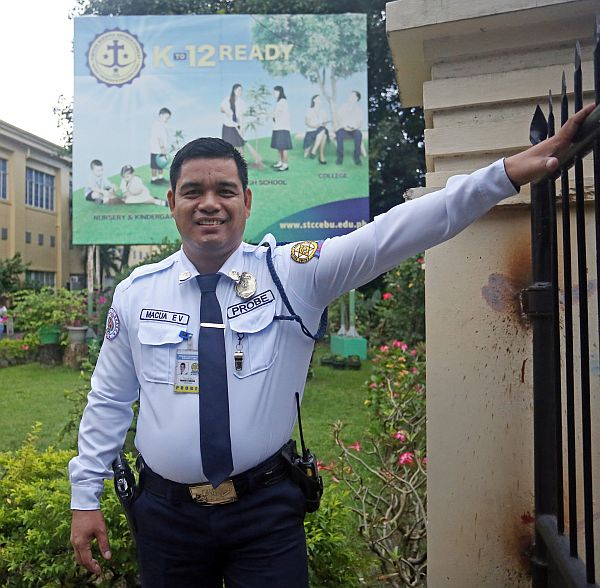 Former Security Guard, Now a Teacher at School He Guarded for 20 Years