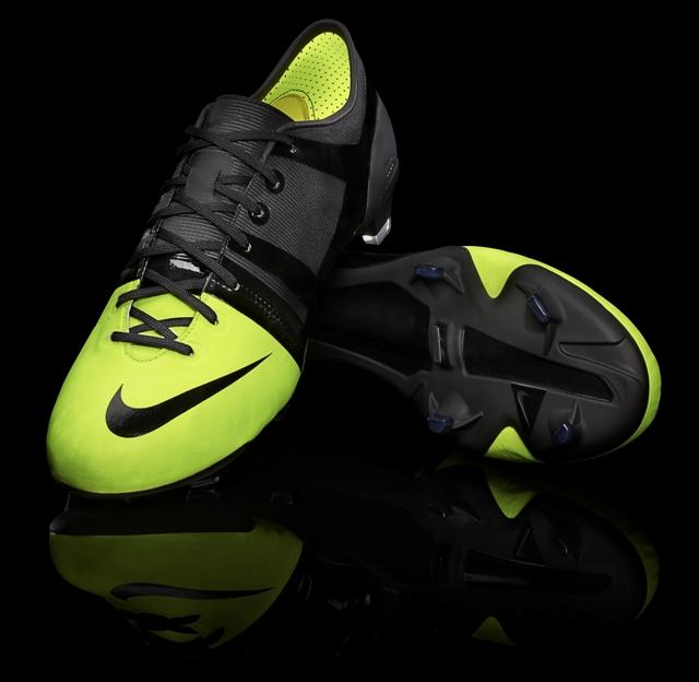 Se Botas Nike Gs Lo De Las Fabrican Fútbol Cómo Así Nuevas 4AIOnnP f31dca56b3068